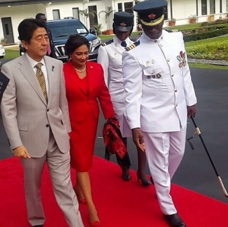 Japan's Prime Minister, Shinzo Abe, with T&T's Prime Minister Kamla Persad Bissessar at the Diplomatic Centre in Port of Spain  Photo Courtesy: cnewslive