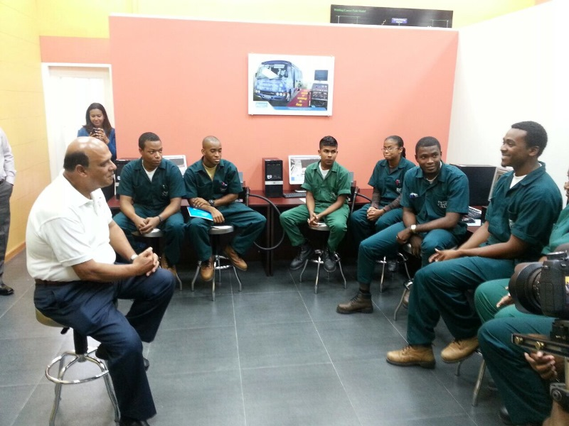Min. Karim with young professionals
