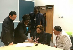Kamla Signs President Nomination